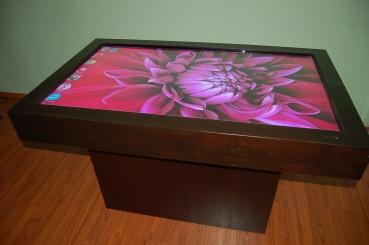 Интерактивный Стол с диагональю 55 дюймов